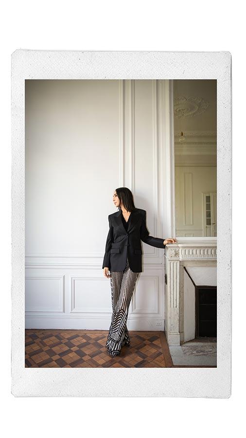 Costumes sur-mesure Paris - Tailleur pour femmes - LILAR Paris - Photo de Naomi-Wu