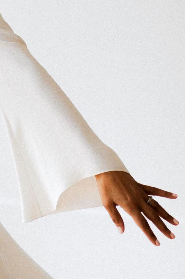Robes de mariage Paris - Sandrine Rocher Derichebourg - Créatrice à Paris - SRD - Photo James Pouliot