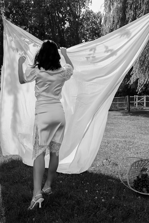 Créatrice de robes de mariée sur-mesure - Paris Saint-Honoré - LOVE IS LIKE A ROSE Paris - Sandrine Rocher Derichebourg