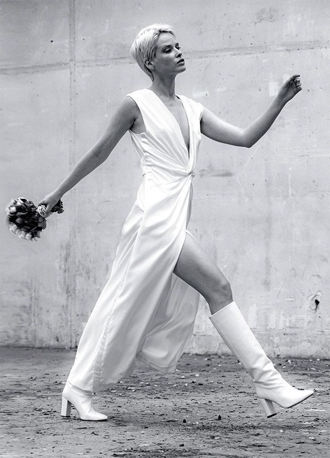 Créateur de mode parisien - Sandrine Rocher Derichebourg, créatrice et fondatrice de la marque LILAR et LOVE IS LIKE A ROSE